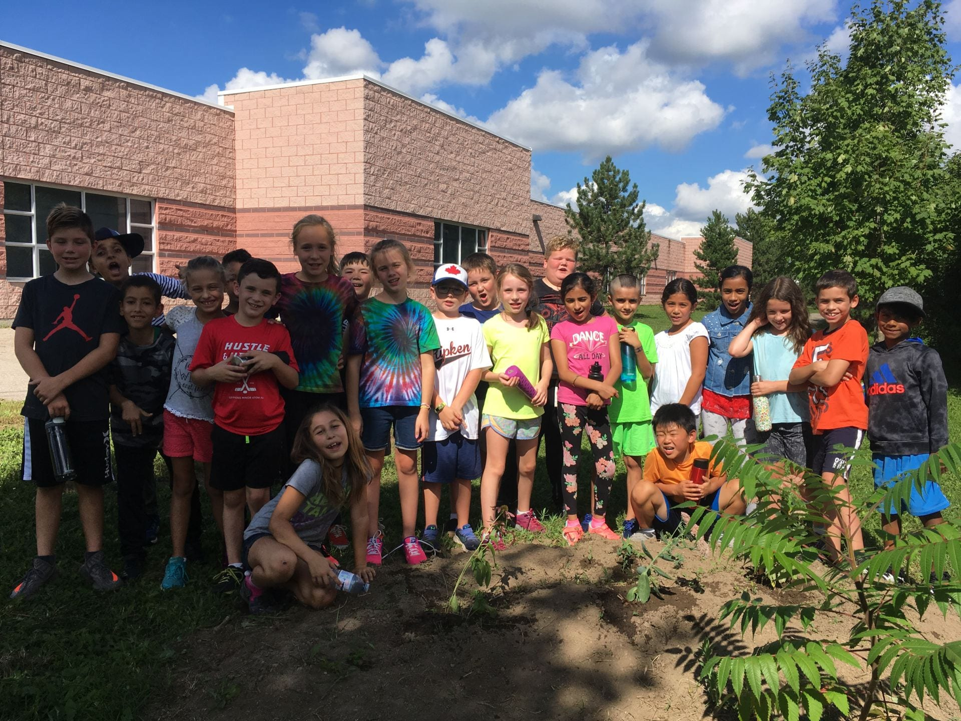 We are a group of Grade 4 Students from Guelph Ontario Canada.  We would love to connect with other students from around the world!  Visit our blogs and please leave us questions or comments!